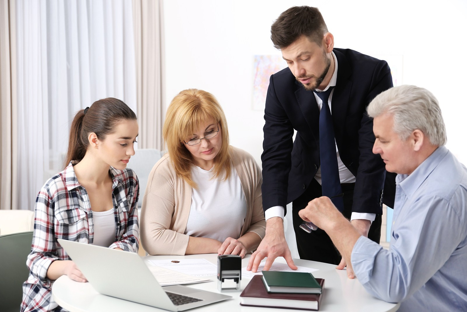 7 Reasons to Hire a Family Law Attorney