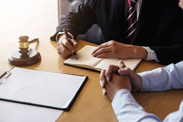 Hiring a Wrongful Death Lawyer Can Help Your Case
