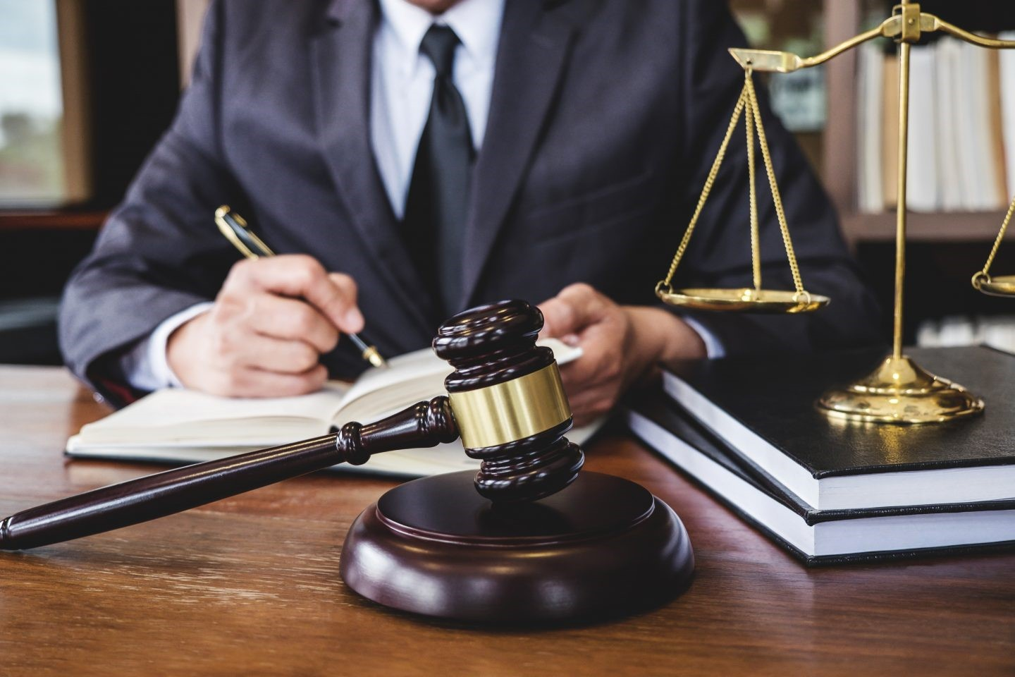 Get The Best Legal Advice From Matthies Lawyers
